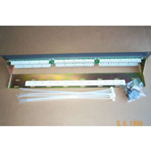 Patch Panel 24x RJ45, 4-Pin
